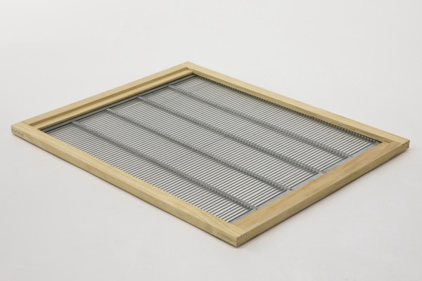 Liebig Metall Absperrgitter im Holzrahmen genietet 520 x 420 mm